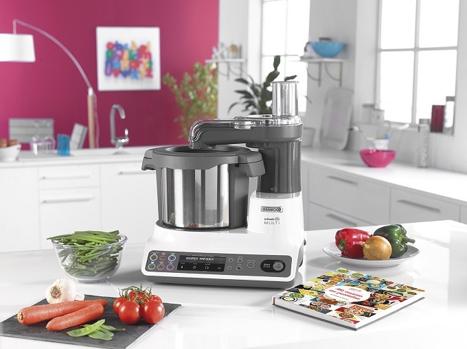 kenwood met en valeur les l gumes avec le robot kcook multi. Black Bedroom Furniture Sets. Home Design Ideas