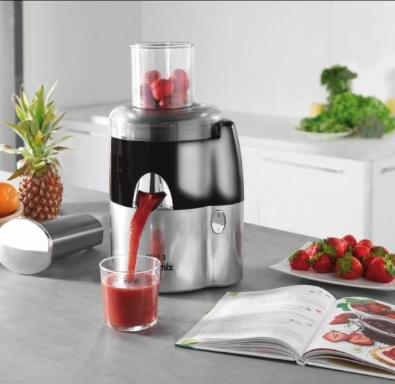 magimix juice expert 3 l 39 extracteur qui fait les jus frais en trois fa ons. Black Bedroom Furniture Sets. Home Design Ideas