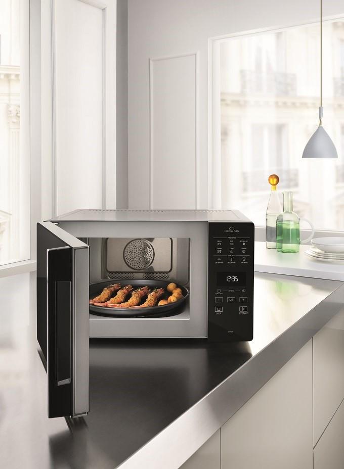 ChefPlus, le four micro-ondes qui fait aussi croustiller les plats