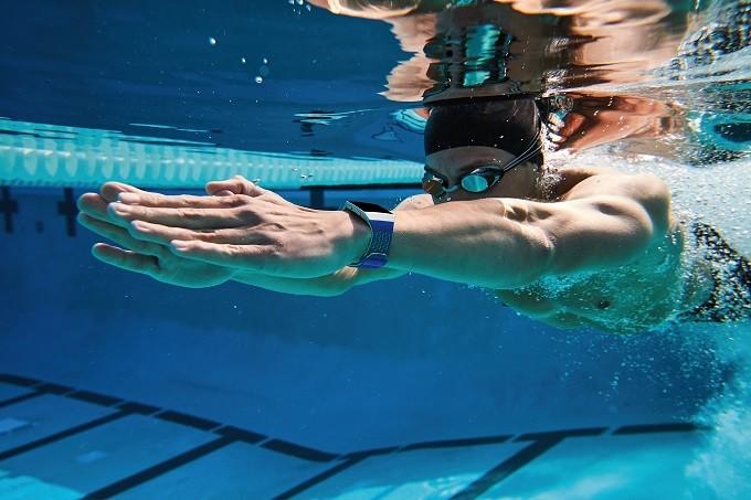 Fitbit Ionic, montre connectée pour sportifs élégants