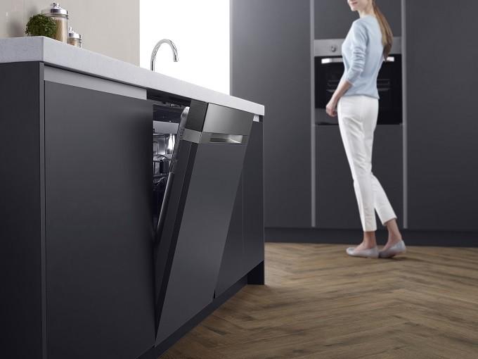 Samsung WaterWall, le lave-vaisselle qui érige l'eau en muraille