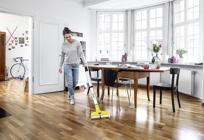 Kärcher FC3,  le nettoyeur de sols qui met la serpillère au tapis