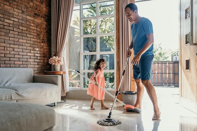 Les enfants participent-ils suffisamment aux tâches ménagères ?