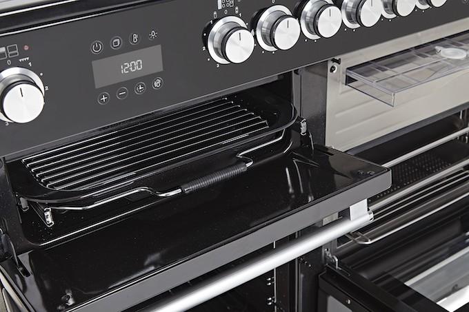 Falcon Nexus Steam, un piano de cuisson ultra polyvalent qui cuit aussi à la vapeur