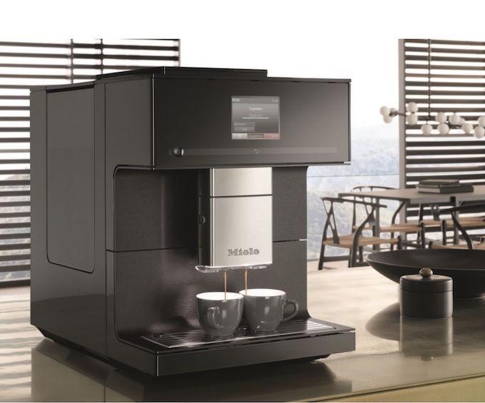 Miele CM 7750, un robot café connecté avec triple bac à grains