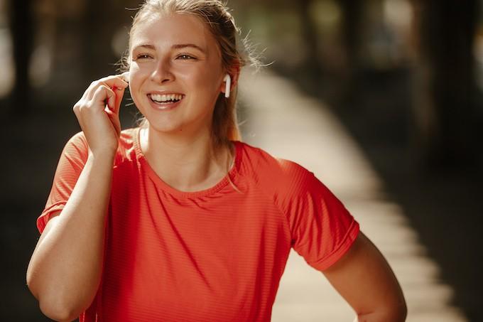 Faire du sport en musique et sans fil aux oreilles