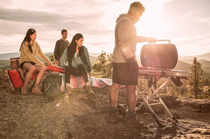 Weber Traveler, la convivialité du barbecue même en balade
